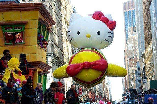 Acción de Gracias en Nueva York-Hello Kitty