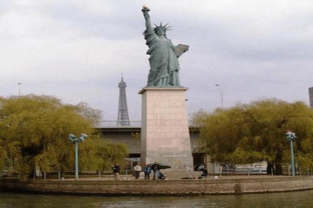 Estatua de la Libertad París