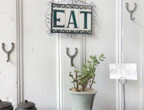 Cenar cantando o en silencio ¿Qué restaurante eliges? Ellen´s Stardust Diner vs EAT