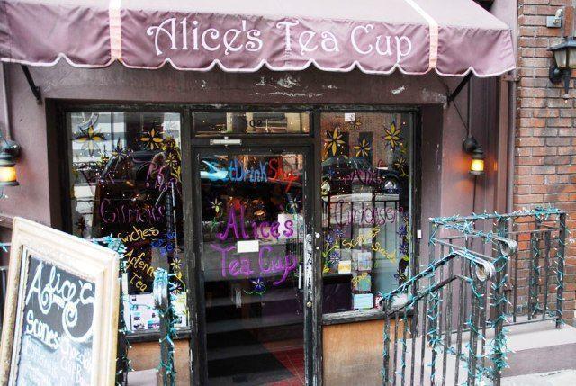 Alice tea cup-fachada