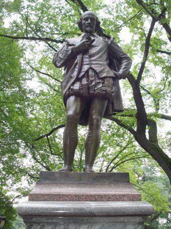 Estatua Shakespeare Central Park