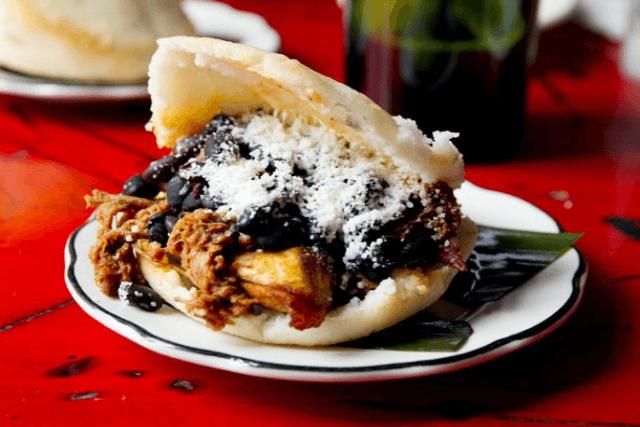 Restaurantes latinos en Nueva York-Café Arepas