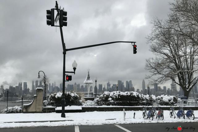 Skyline de Nueva York con nieve