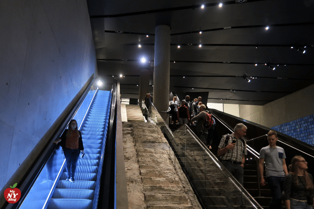 Escalera Museo 11s