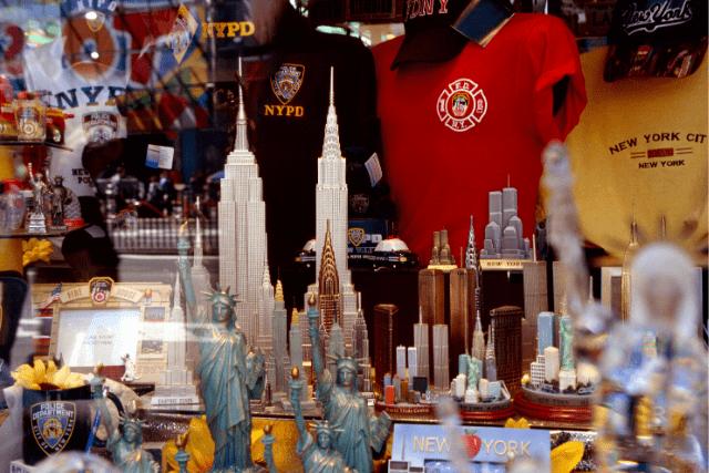 Comprar souvenirs en Nueva York