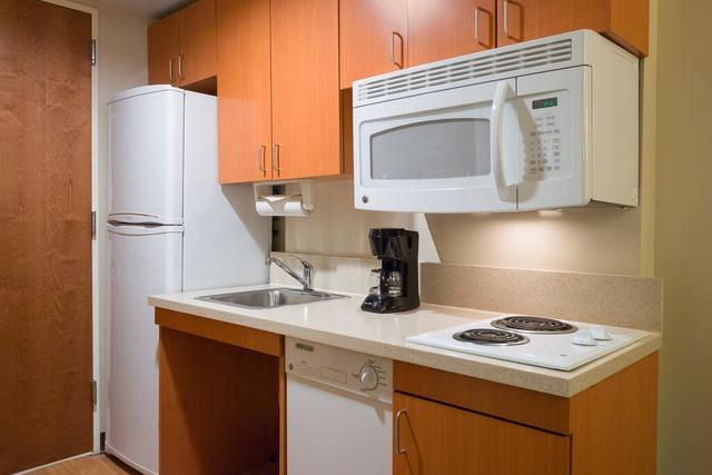 Hoteles con cocina en Nueva York Candlewood Suites